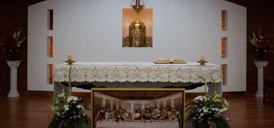 Altar at St Anthony of Padua Melton South